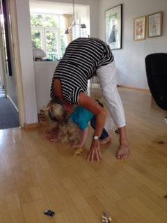 Louie wil yoga doen 2